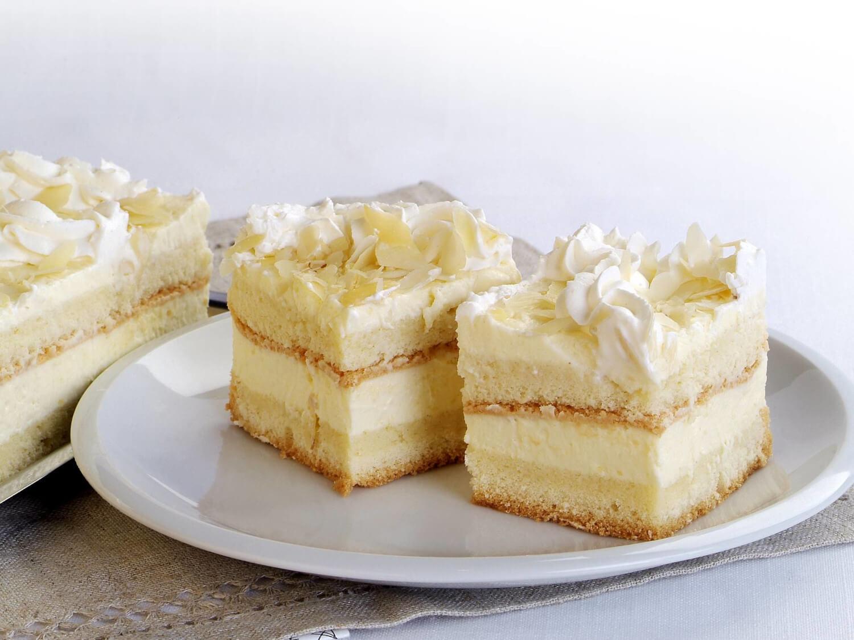 Ciasta Z Bita Smietana I Budyniem Cukiernia Bizon
